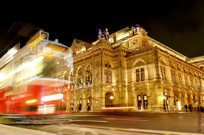 Gay romantic thrill in Wien