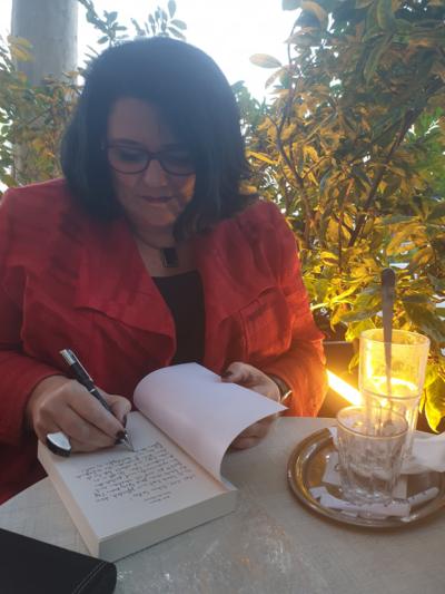 Barbara Drucker beim Signieren